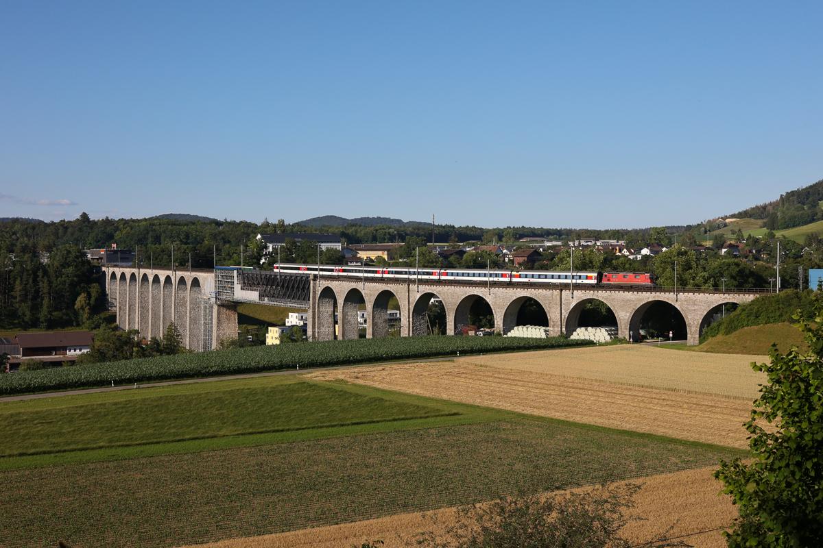 http://www.diesellokguru.de/images/CH2020/IMG_3048.jpg