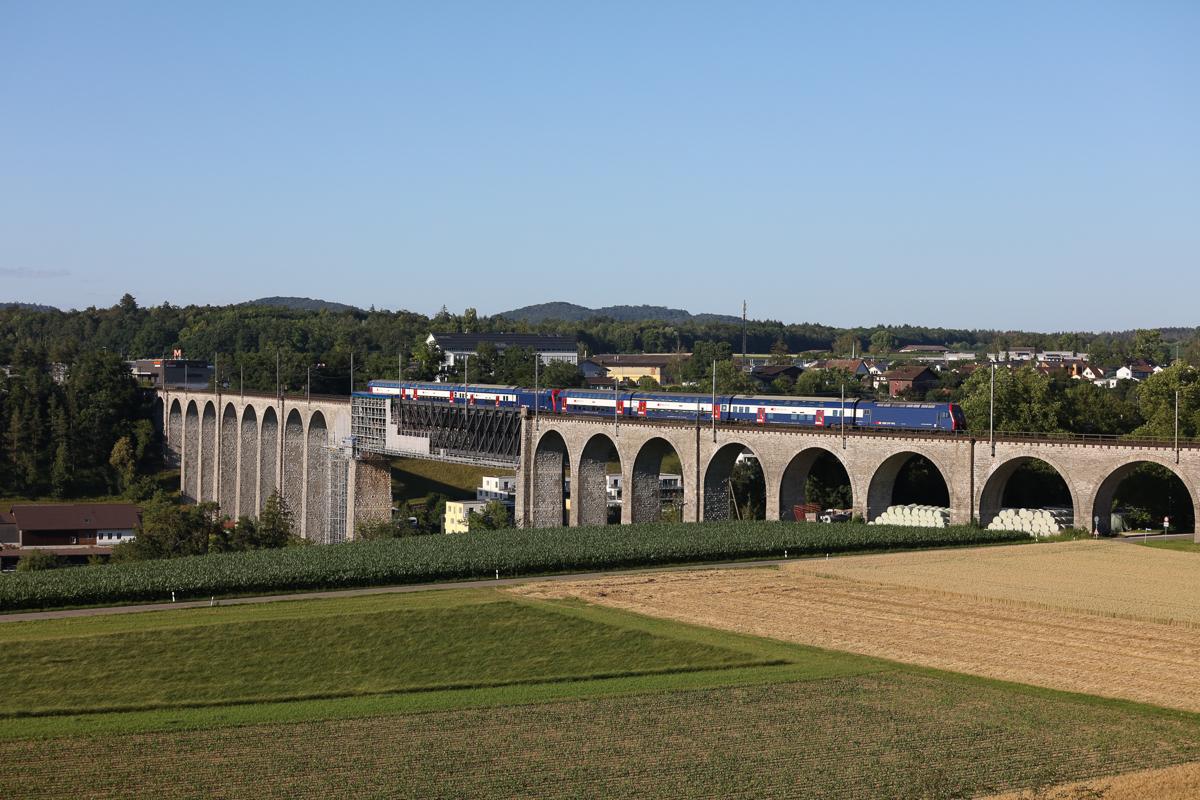 http://www.diesellokguru.de/images/CH2020/IMG_3050.jpg