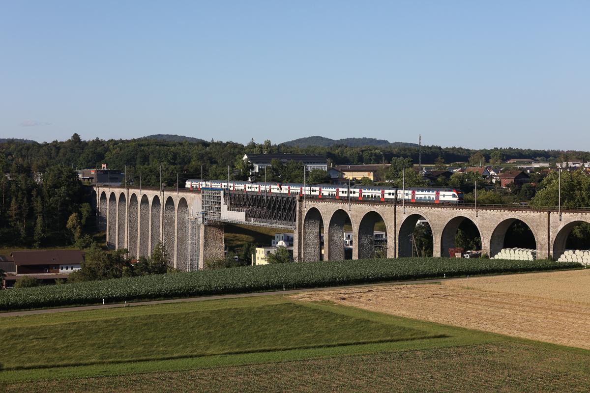 http://www.diesellokguru.de/images/CH2020/IMG_3052.jpg