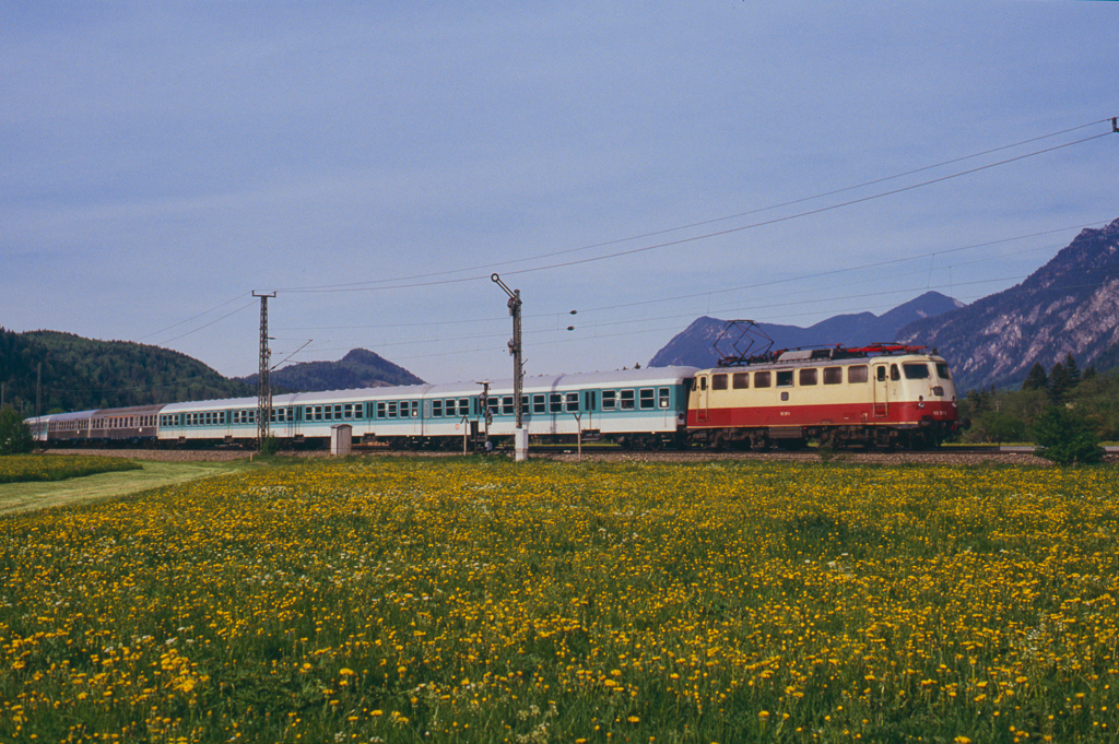 http://www.diesellokguru.de/images/D1992/113-2-KB/D960-113-311-1992-03.jpg