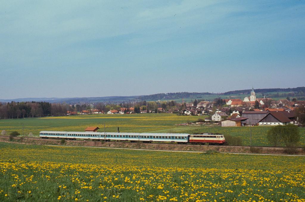 http://www.diesellokguru.de/images/D1992/113-2-KB/D960-113-xxx-1992-02.jpg