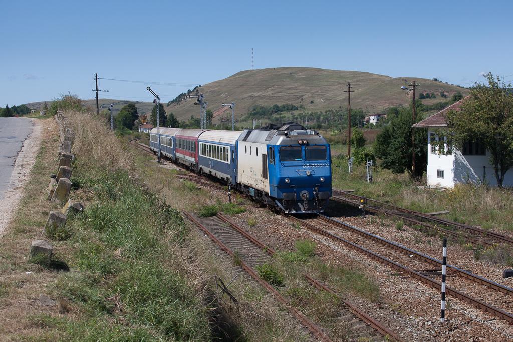 http://www.diesellokguru.de/images/RO2014/MD2014-4/RO300-65-0922-2014-08-22-2.jpg