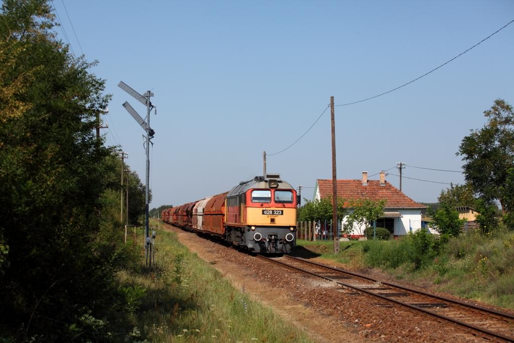 http://www.diesellokguru.de/images/RO2014/RO2014-1/HU-628-323-2014-08-03-4.JPG
