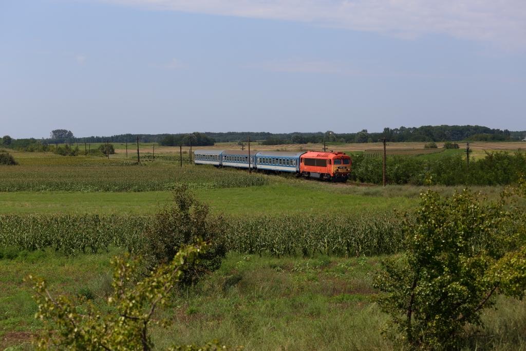 http://www.diesellokguru.de/images/RO2014/RO2014-1/RO-418-322-2014-08-03-2.JPG