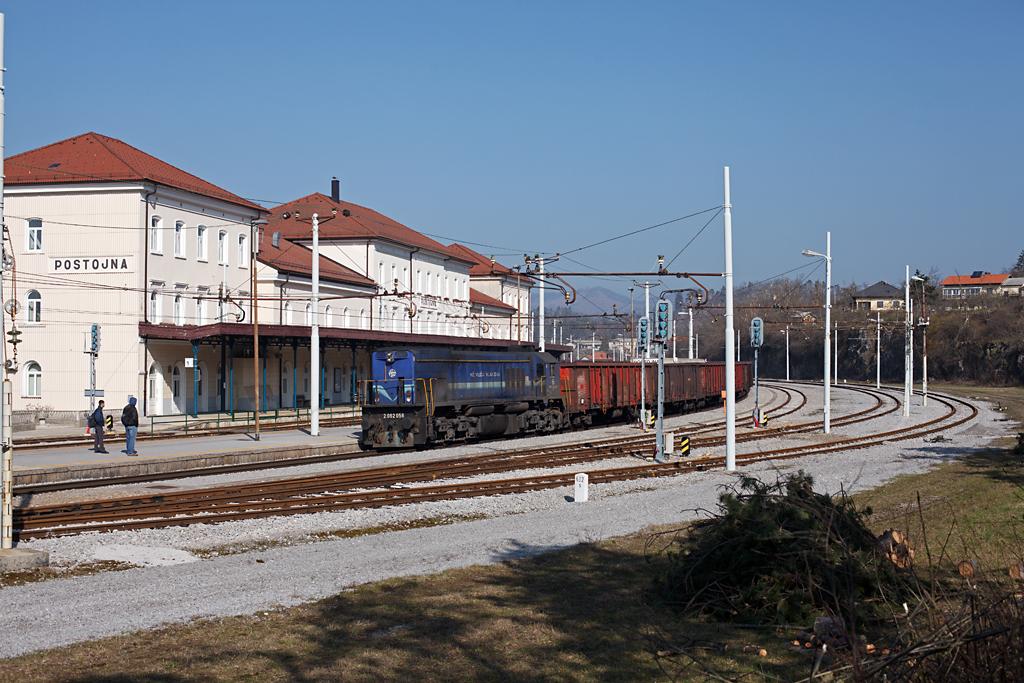 http://www.diesellokguru.de/images/SL2014/SL2062-056-2014-03-09-3.jpg