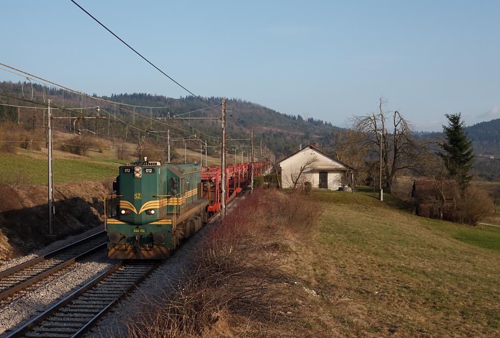 http://www.diesellokguru.de/images/SL2014/SL644-012-2014-03-07-3.jpg